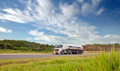 veszélyes anyagok szállítása kamion